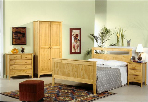 Shaker Bedroom Set With Optional Bed